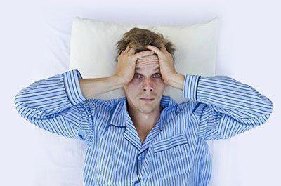Болит голова после алкоголя: последствия приема спиртного