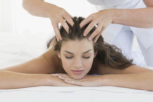 Массаж от мигрени: правильно массируем голову