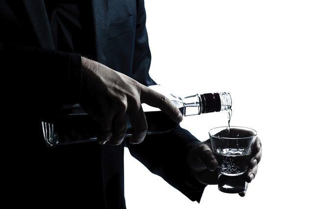 Алкоголь после инсульта: можно ли пить после приступа