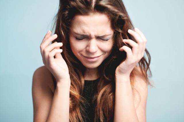 Депрессия: симптомы расстройства у женщин, его причины и лечение