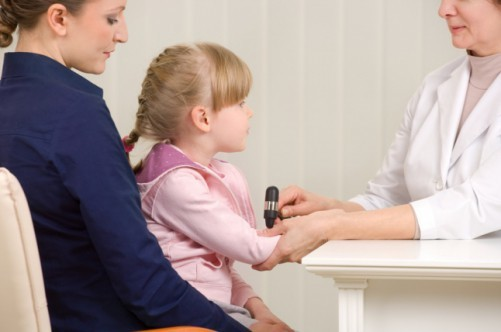 Тики у детей: симптомы, причины и лечение заболевания