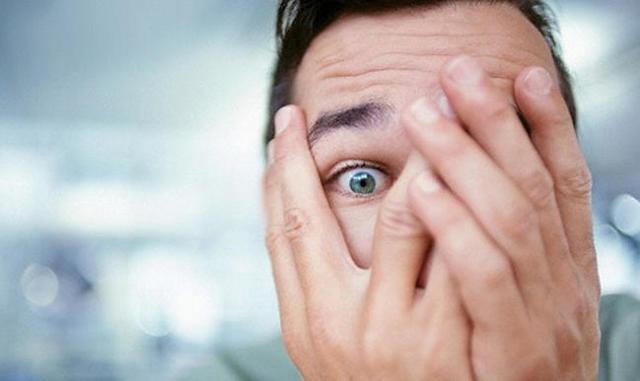 Как справиться с неврозом самостоятельно и с помощью специалиста