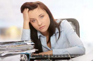 Помощь при мигрени: основное лечение и народные средства