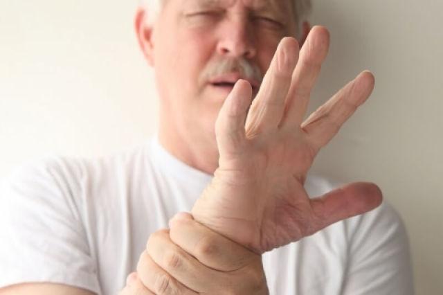 Как убрать тремор рук после алкогольного опьянения