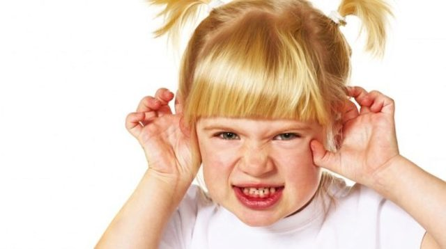 Синдром навязчивых движений у ребёнка: типы, диагностика, терапия