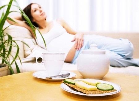 Головная боль: беременность, протекающая с проблемами