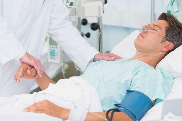 Кома после инсульта: причины состояния, его степени, прогноз