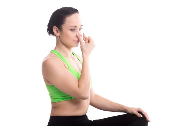 Упражнения от головной боли: какие движения лучше всего помогают