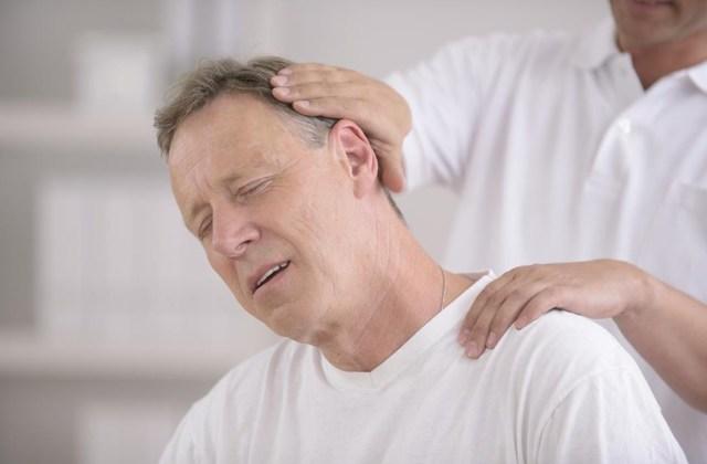 При кашле болит голова: симптоматика заболеваний